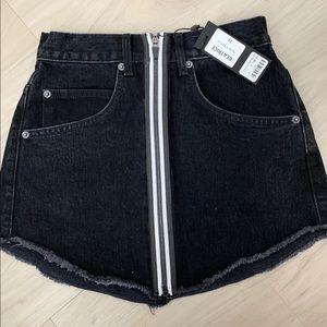 Carmar Beatrice skirt NWT, black jean skirt